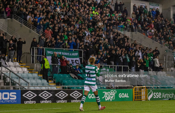 Barry Cotter acknowledges the Shamrock Rovers supporters after his second half substitution against Sligo Rovers