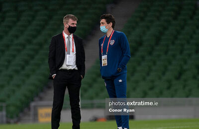 Stephen Kenny speaking with Keith Andrews ahead of kick-off against Luxembourg