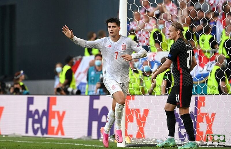 Alvaro Morata of Spain celebrates after scoring their side's fourth goal during the UEFA Euro 2020 Championship Round of 16 match between Croatia and Spain at Parken Stadium on June 28, 2021 in Copenhagen, Denmark